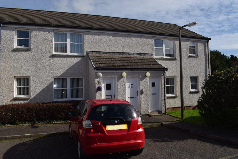 9 Ingleston Place, Greenbrae Loaning, Dumfries, DG1 3DF - Grieve Grierson Moodie & Walker