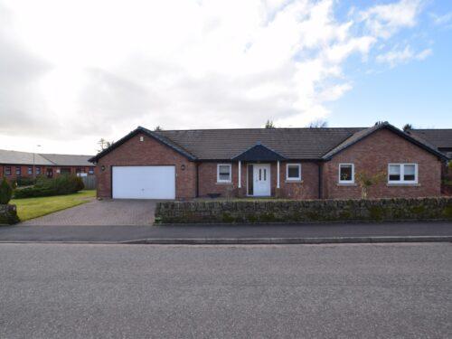 2 Woodlands Drive, Lochmaben, Lockerbie, DG11 1SR - Grieve Grierson Moodie & Walker