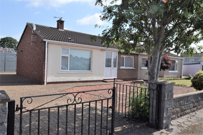 Avondale, 5 Burnt Firs Place, Heathhall DG1 3RW - Grieve Grierson Moodie & Walker